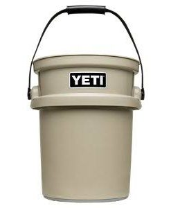YETI LOADOUT BUCKET DESERT TAN