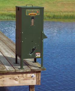 Texas Hunter Fish Feeder 70lb. Fish Feed,125 lb. Corn Capacity W/ Straight Legs #DF125DL
